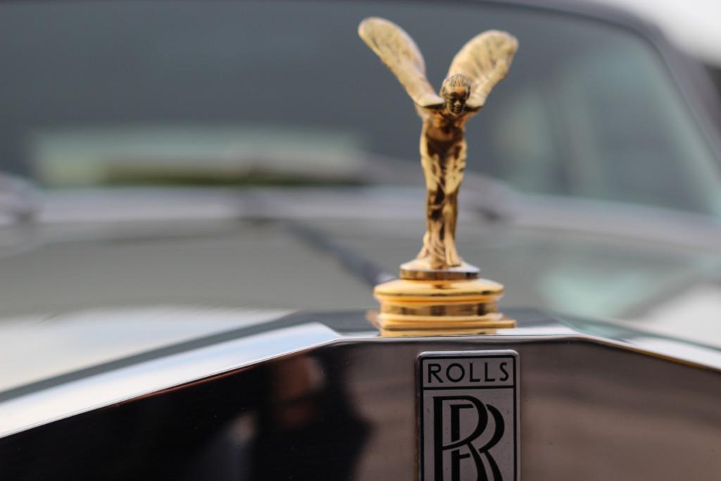 Rolls_Royce_hood_ornament